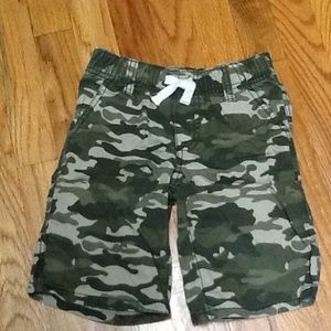Boy's 5T Camo Pull On Shorts, VGUC